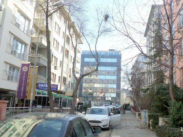 kızılay'da yüksel caddesi yakını satılık 2+1 daire