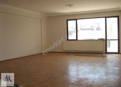 Karşıyaka kiralık Daire ebeveyn banyolu 140 m2 geniş daire
