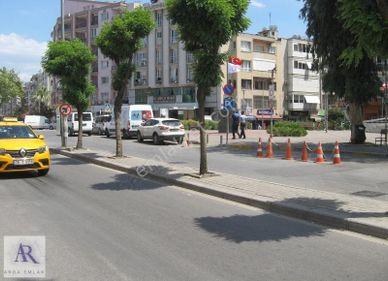 Karşıyaka Alaybey Metro Karşısı Ana cadde Üzeri Satılık Daire