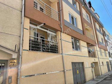 Paris Gayrimenkul' den, Ömerağa' da Satılık Garajlı 2+1 Daire