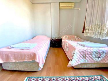 konyaalti sahilimde esyali odalar r
