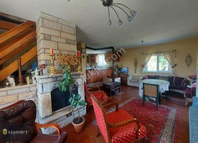 Silivri, Büyük Sinekli'de 2 dönüm arazi içinde 2 katlı ev