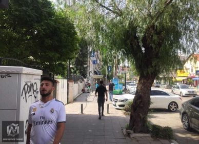 BORNOVA MERSİNLİ İŞ BANKASI yakını SATILIK OFİS