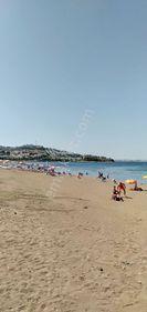 Burhaniye Pelitköy sahilde full deniz manzaralı tripleks villa