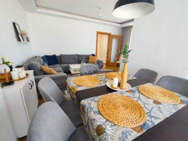 Ümraniye Altınşehir mahallesinde 2+1 yeni bina satılık daire