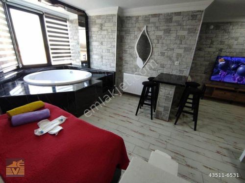 TUNALI NO72'de ORİJİNAL FOTO, KÜVETLİ 0532 303 11 10