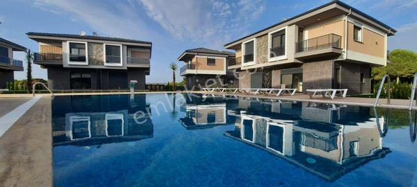 Altınkumda Havuzlu Lüks Site İçinde 3+1 Dubleks Villa 139