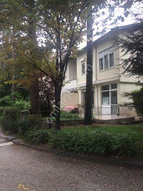 Mutluköy Sitesinde İşyerine Uygun Köşe Villa