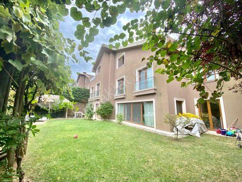 Sarıyer Zekeriyaköyde Sitede Satılık Müstakil Villa
