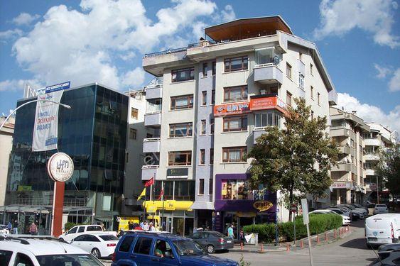 Turangüneş'te 5+2 kombili 300m2 yapılı Büro