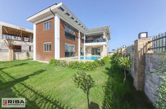 Döşemealtı Satılık Villa