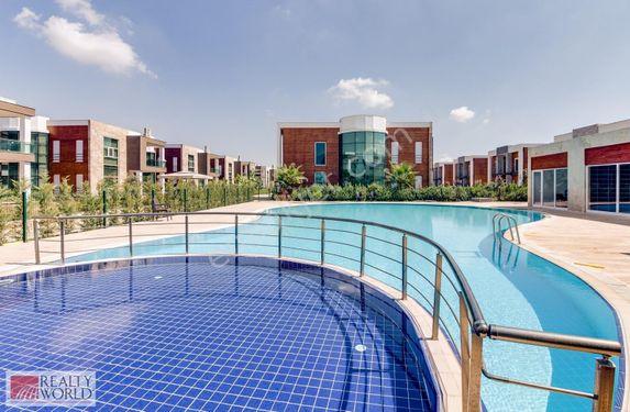 Altınkale Villalar Bölgesinde Site İçi Müstakil 370 m2 5+1 Villa