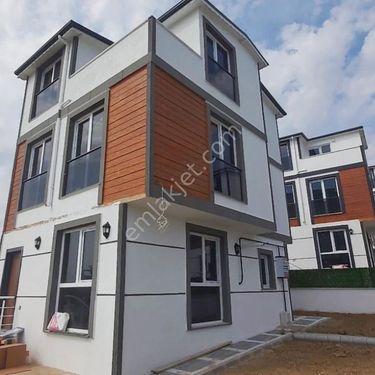 marmara ereğlisinde denize cok yakın satılık villa
