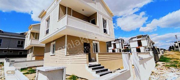 CS GRUP Teraslı,deniz manzaralı geniş ve ferah müstakil villa
