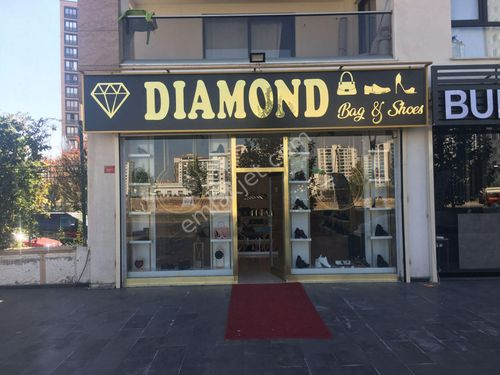 Devren satılık ayakkabı çanta mağazası