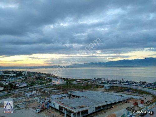 İzmir Karşıyaka Mavişehir Kiralık Eşyalı Konut 4+1 Lüx Deniz Mnz