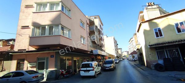 Söke Sekiler caddesi üzerinde satılık dükkan