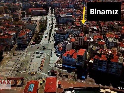 Çanakkale Cumhuriyet Meydanı Karşısı 280 m Satılık Komple Bina