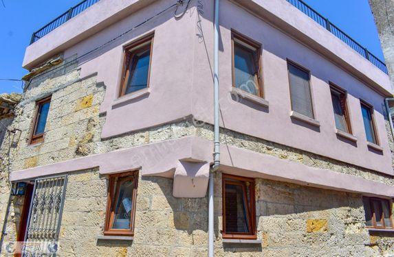Sazlı Köyü'nde Satılık Muhteşem Deniz Manzaralı Taş Ev