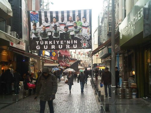 Beşiktaş Çarşı Merkzde 310m2 Dükkan Katlı Yeni  Devrn Restoran