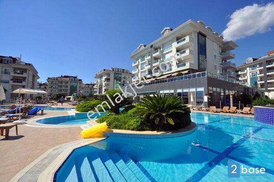 Antalya Alanya'da  lüx site içerisinde  satılık eşyalı 2+1 daire.