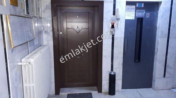 Ankara Sıhhıye İlkiz Sk.Ters Dubleks 90 M2 Bakımlı Kiralık Büro