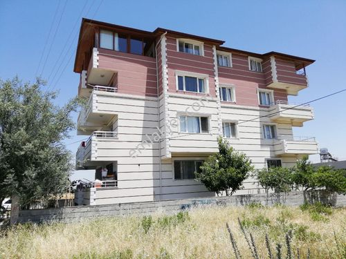 Satılık Müstakil 3 Katlı Apartman