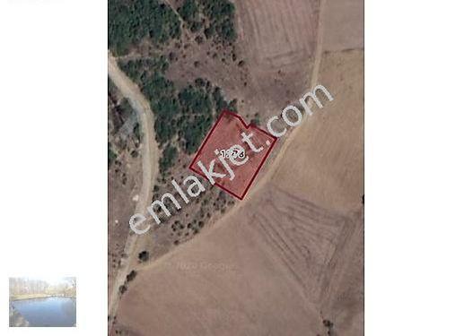 Marmaracıkta Köye ve ana yola 250 m mesafede hobi bahçesi