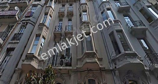 Rumeli Caddesi'nde fırsat,185 m2, 4.kat,asansörlü