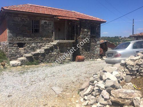 Balıkesir Savaştepe dikmeler köyünde bulunan taş ev