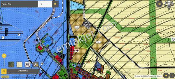 Selçuk Ün. Karşısı Cadde Cepheli Ticari Öngörüde Cazip Arsa
