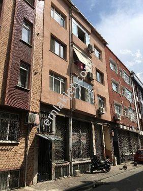 Bayrampaşa Ceyhan Sokak Merkezde Satılık 225 M2 Bodrum Dükkan