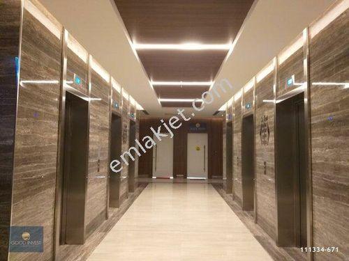 1071 Usta Plazada Çok Uygun Satılık 107 M2 Ofis