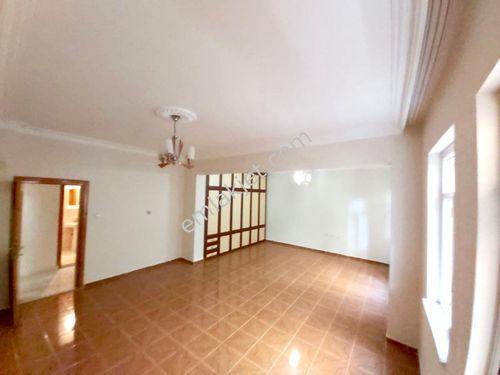 Aydınevler de 3+1 daire üstelik 190 m2