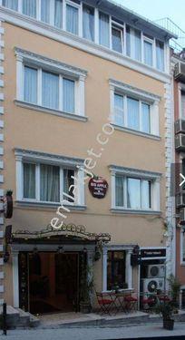 Sultan Ahmet'te 15 odalı 4 Katlı Turistik otel