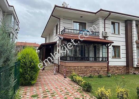 Serdivan Konaklarında LÜKS VE KONFORUYLA Satılık Villa!