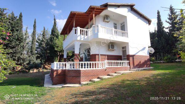 Arsuz Gökkuşağı sitesi'nde en özel konumlu villa
