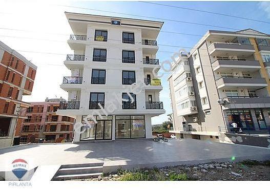 SEFERİHİSAR ANA CADDE ÜZERİ KİRALIK 160 m² BODRUM KATLI DÜKKAN