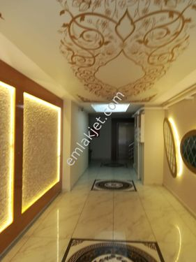çilesiz Fahri kayahanda 2+1 140 m2 güzel bakımlı Bi daire