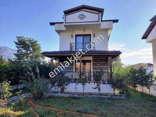 Köyceğiz Gelişim de 400 m2 arsada 3+1 müstakil lüks villa satılık