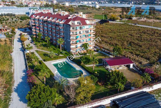Alanya Demirtaş'ta Denize Sıfır Satılık 3+1 Daire