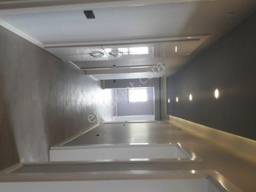 A.Ayrancı da 3+1  1 kat full yapılı Asansörlü,