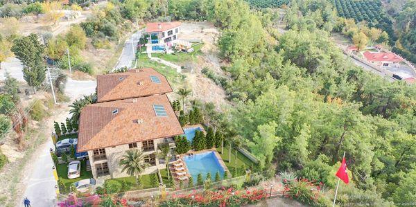 Side Panorama Villas