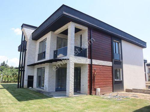 Körpeşler Mahallesinde 387 m2 Arsa Üzerinde Satılık Tekil Villa