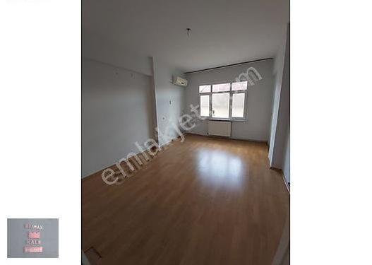 Bağcılar malta merkezde masrafsız 3+1 140 m2 satılık daire