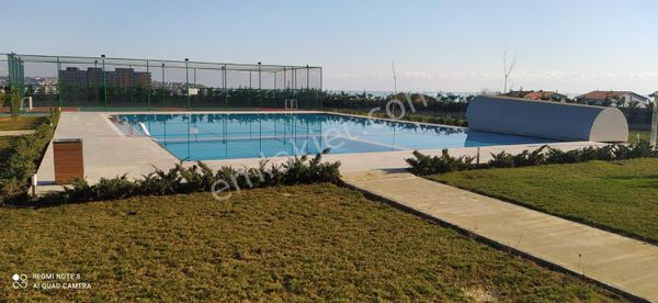 Silivri Merkezi Konumda Satılık 3+1 Daire (Deniz Manza,Havuzlu)