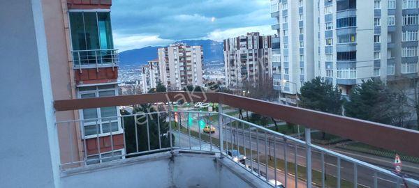 BURSA KILIÇ'TAN SİTELER CADDE ÜZERİ SATILIK 130m2 ARA KAT DAİRE
