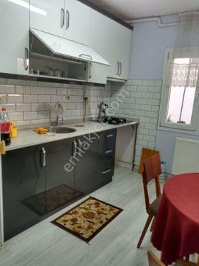 Bornova Yeşilova'da kiralık eşyalı 1+1 daire
