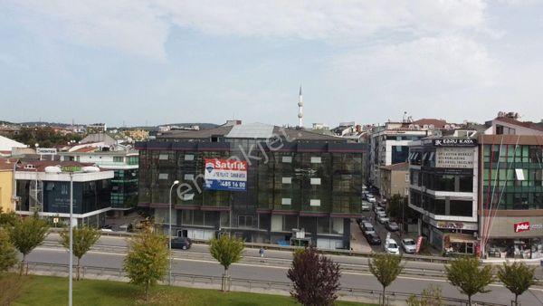 Çekmeköy Şile Yolu Üzerinde İskanlı 9330 m2 Satılık Komple Plaza