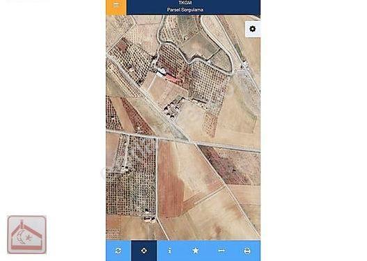 Ankara Gaziantep yoluna 1.500,m mesafede boş tarla